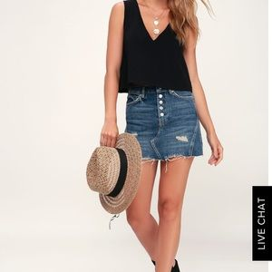 Lulu's Tops - Black Crop Top